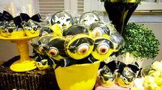 #pirulito personalizado com o tema #minions #pirata da Lady Bug Festas em festa realizada no #buffetminiland #Minilandbuffet 🎈 🎈 #minionspirata #meumalvadofavorito