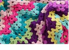 Granny Crocheted Ripple Blanket [FREE Crochet Pattern + Video Tutorial]