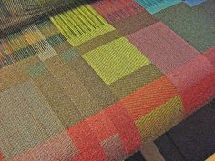 handweaving, satin blocks (Beryl Moody) - one of these days, I'll learn to weave damask like this