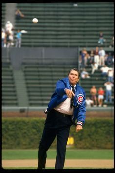 Slide Show: Presidential First Pitches
