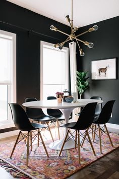 Get inspired by these dining room decor ideas! From dining room furniture ideas, dining room lighting inspirations and the best dining room decor inspirations, you'll find everything here! Dining Room Lamps, Dining Room Design, Wall Lamps, Design Kitchen, Dining Tables, Room Chairs, Eames Chairs, Ceiling Light Living Room, Black Dining Room Paint