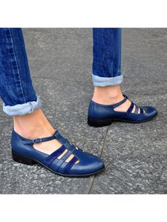 ninacloak.com Free Clothes Online, Loafers Online, Lace Up Flats, Comfortable Flats, Fashion Flats, Fashion Clothes, Women's Fashion, Mary Jane Shoes, Cheap Fashion