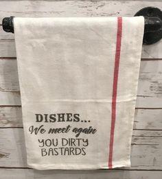 30 Most Popular Rustic Kitchen Ideas You'll Want to Copy - Image 4 of 12 Dish Towels, Tea Towels, Hand Towels, Kitchen Humor, Funny Kitchen, Kitchen Quotes, Command Hooks, Cricut Creations, Cricut Vinyl