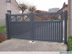 Tuinhek Side Gates, Front Gates, Entrance Gates, Front Fence, House Entrance, Wooden Gate Designs, Wooden Gates, Metal Gates, Porte Cochere