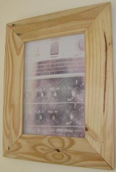 How To Make A Picture Frame Out Of Pallet Wood