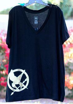DIY Hunger Games Shirt {freezer paper stencils}