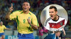 Klose superó a Ronaldo y se convirtió en el máximo goleador de los mundiales con 16 goles.  EN la previa ronaldo habia manifestado que no quería perder la corona pero sus temores se cumplieron.   Sigue el partido de Brasil y Alemania en vivo desde http://futbolvivo.tv/brasil2014/mundial-brasil-2014-en-vivo