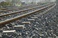https://www.google.com.ar/search?q=fotografias de vias de tren argentina