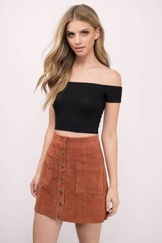 Grab attention in the Talk To Me Off Shoulder Top. Featuring a ribbed and cropped look. Wear with high-waisted denim. - Fast & Free Shipping For All Orders!