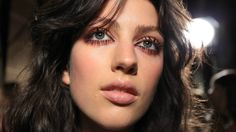 How to Make the Whites of Your Eyes Look Whiter   StyleCaster