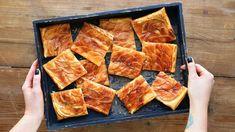 Snadný jablečný koláč se slaným karamelem French Toast, Baking, Breakfast, Food, Morning Coffee, Bakken, Essen, Meals, Backen