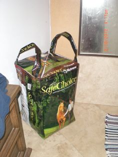 Hamper with lid  Recycled Feed Bags by MaggiesCornerDotOrg on Etsy, $18.00
