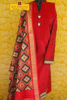 Ikat semi stitched kurta dupatta Anarkali Dress Pattern, Salwar Pattern, Dress Patterns, Salwar Designs, Blouse Designs, Indian Wedding Outfits, Indian Outfits, Indian Attire, Indian Wear
