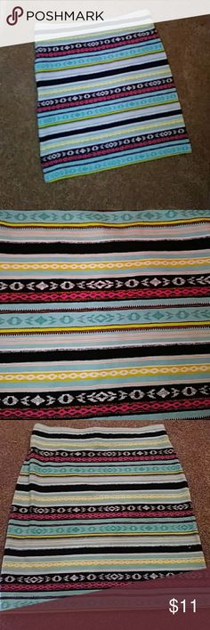 Brand NWOT Forever 21 aztec stretchy skirt Cute print. Pet and smoke free home. Never worn. Forever 21 Skirts Mini