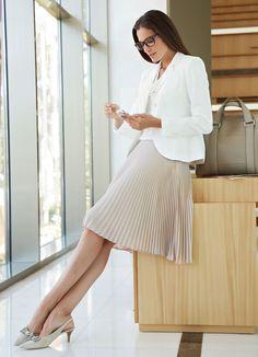 blush pleated skirt + white blazer + nude snake skin pumps + black bag w/ snake skin trim