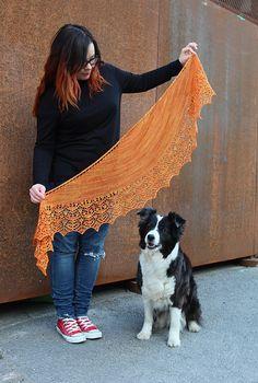 Knitting Patterns Ravelry Ravelry: Auri pattern by Heidi Alander Lace Knitting, Knit Crochet, Knitting Designs, Knitting Patterns, Outlander Knitting, Yarn Inspiration, Shawl Patterns, Knit Wrap, Knitting Accessories