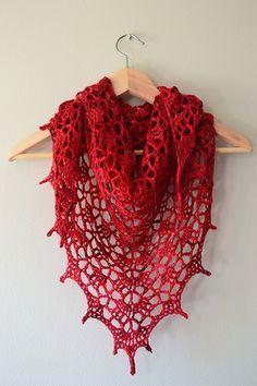 大きなものは編むのも大変ですが、完成したときの感動も大きいものです。