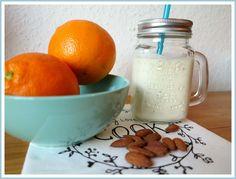 Proteinwunder Skyr Joghurt in fruchtiger Geschmacksrichtung. Der perfekte Proteinshake nach dem Workout! Hier geht es zum Rezept!