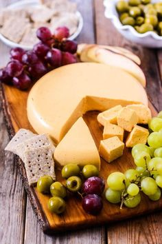 Vegan Cheddar Cheese // Recipe for the vegan version of Cheddar cheese. Originated from England, it's a hard cheese with a creamy flavor.   The Green Loot #vegan #dairyfree