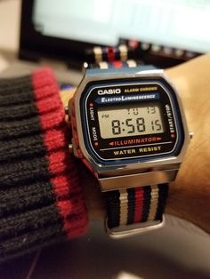 Affordable Watches, Cheap Watches, Casual Watches, Cool Watches, Watches For Men, Casio Vintage Watch, Vintage Watches, Casio Watch, Casio Digital