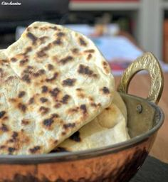 The perfect quick naan bread recipe with picture and simple step-by-step . - The perfect quick naan bread recipe with picture and simple step-by-step instructions: put all the - Quick Naan Bread Recipe, Recipes With Naan Bread, Appetizer Recipes, Snack Recipes, Snacks, Indian Food Recipes, Vegetarian Recipes, Crockpot Recipes, Cooking Recipes