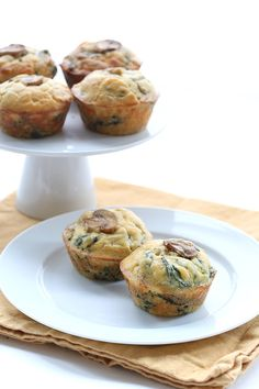 Spinach Mushroom Omelet Muffins 4 via @dreamaboutfood