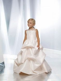 flowergirl or junior bridesmaid dress #wedding