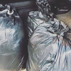 Three bags full ... 👚👕👖👗👞👟👛👜🧣💄🏠 -clothes, bedding, towels, toiletries and Christmas decorations, and a couple of unused (and no longer required) roller blinds all bagged up and delivered to our local women's refuge this afternoon.  In most cases these women leave home with just the clothes they are wearing, and when it comes to re-housing them, they need every single thing to start afresh, so every little helps.  Love knowing that people in need are going to hopefully benefit from…