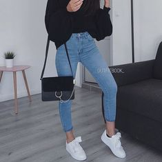Login – Best Women's and Men's Streetwear Fashion Ideas, Combines, Tips 60s Fashion Trends, Fashion Mode, Korean Fashion, 90s Fashion, Fashion Clothes, Fashion Black, Fashion Rings, Style Fashion, Fashion Shoes