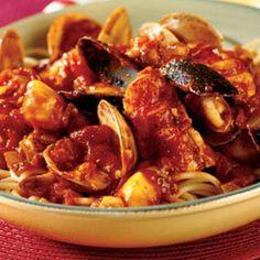 Gnocchi al Pesto (Homemade gnocchi w/ Genovese pesto sauce ...