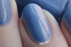 Very Emily » I Love Nail Polish – Peri Me