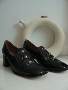 1960s mod shoes/ 60s black patent leather shoes/ made in Italy on Etsy, $39.99