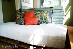 cute idea for a daybed
