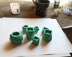 How to use silicone molds for planters and candle holders