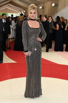Met Gala 2016: Fashion—Live From the Red Carpet  Lara Stone
