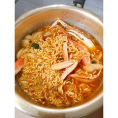 라면에 대게 실화임    #대게라면 #라면 #야식 #음식 #먹방 #좋아요 #먹스타그램 #맛있다그램 #ramen #crab #food #foodie #eat #follow #followme #instafood #foodporn #likeforlike #like4like #인친 #선팔 #맞팔 #소통 #언팔싫어요