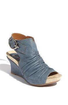 Earthies boniar #sandals #shoes #flats #wedge $73 (reg $148!!)
