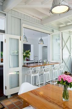 Way's To Make Pass Through Kitchen Window Ideas If you've been wondering how to make your home more conducive to indoor-outdoor living, consider a pass-through window. Küchen Design, House Design, Interior Design, Deck Design, Window Design, Chair Design, Design Ideas, Style At Home, Pass Through Kitchen
