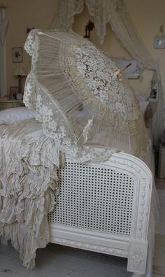 vintage lace sunshade.... For beautiful wedding dresses go to www.emmahunt.co.uk