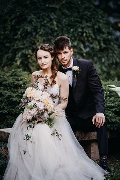 Moody Wedding Photography for a Floral Spring Shoot    #rosé #wedding #weddings #weddingideas #french #garden #weddingeditorial #styledshoot #weddingphotography #brideandgroom #married #weddingday