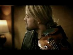 David Garrett -- the best-selling new classical artist of 2009 -- brings listeners along on a roller coaster ride of genres colliding on his sophomore album, Rock Symphonies. Rock Symphonies displays Garrett's love of both classical and rock, marrying the two genres with a fierce intensity. Featuring new interpretations of his favorite rock anthems by U2, Nirvana, Metallica and Aerosmith to name a few, David's virtuosic violin playing shines through with precision and power, backed by his…
