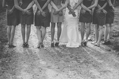 Silly wedding party photo / Love + Perry Photography