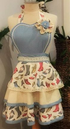 Size 8-14.  Excellent quality fabrics with detail and rich embellishments. $65(AUD) plus P&P