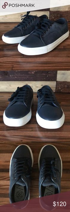 ea8d75554 Peter Millar Captoe Disruptor Golf Shoes Peter Millar has fused the most  relevant street fashion shoe
