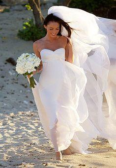 Megan Fox looked gorgeous in an Armani Prive strapless silk chiffon wedding gown during her beach wedding in Kona, Hawaii to actor Austin G. Celebrity Wedding Dresses, Wedding Dresses Photos, Celebrity Weddings, Megan Fox Wedding, Wedding Beauty, Dream Wedding, Chapel Wedding, Sunset Wedding, Hawaii Wedding