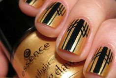 Gatsby nails. I'm not a nail person but these are too cool!
