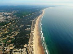 Costa da Caparica (beach coastline near Lisboa, Portugal) 06 May - 10 May 2015 Visiting Lisboa