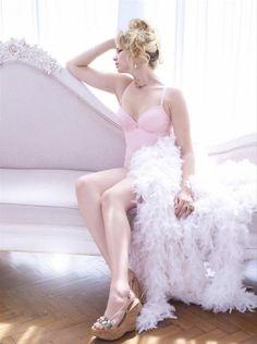 Model Michelle De Villiers of Milk Management for Slink Magazine photographed by PZ Productions.