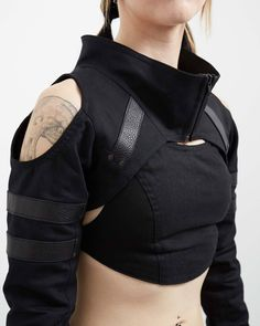 Crisiswear Variant Shrug - Open Shoulder Cyberpunk Unisex Black Top Deep Neck Leather Accents Fashion Zipper Front witchy future crop - The Variant is our newest shrug, and designed to be as aggressively comfortable as it is stylish. Mode Cyberpunk, Cyberpunk Fashion, Cyberpunk Clothes, Mode Outfits, Fashion Outfits, Fashion Hacks, Grunge Outfits, Ladies Fashion, Fashion 2017