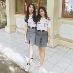 Indonesian Girls, Skater Skirt, Short Dresses, India, School, Skirts, Collection, Fashion, Short Gowns